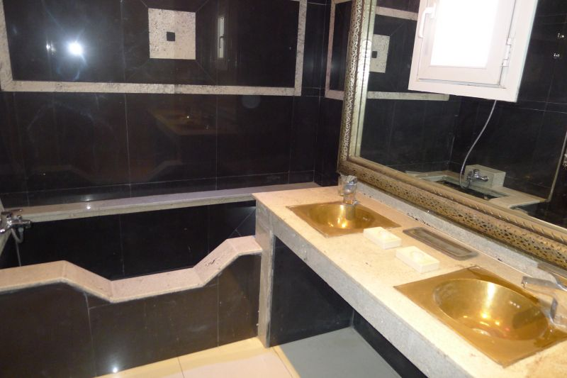 bathroom 5 Location Villa 76643 Agadir