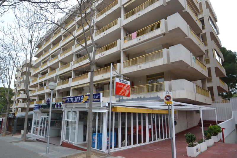 Hall Location Apartment 93569 Salou