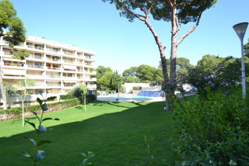 Garden Location Apartment 93569 Salou