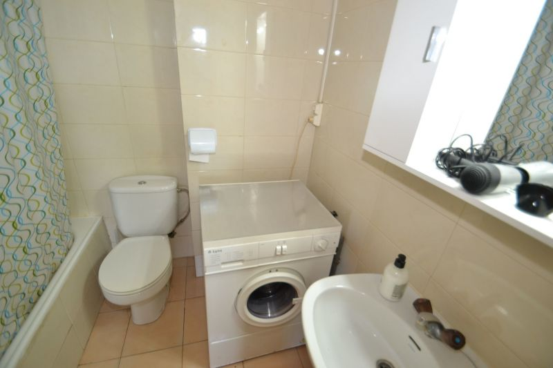 bathroom Location Apartment 93569 Salou