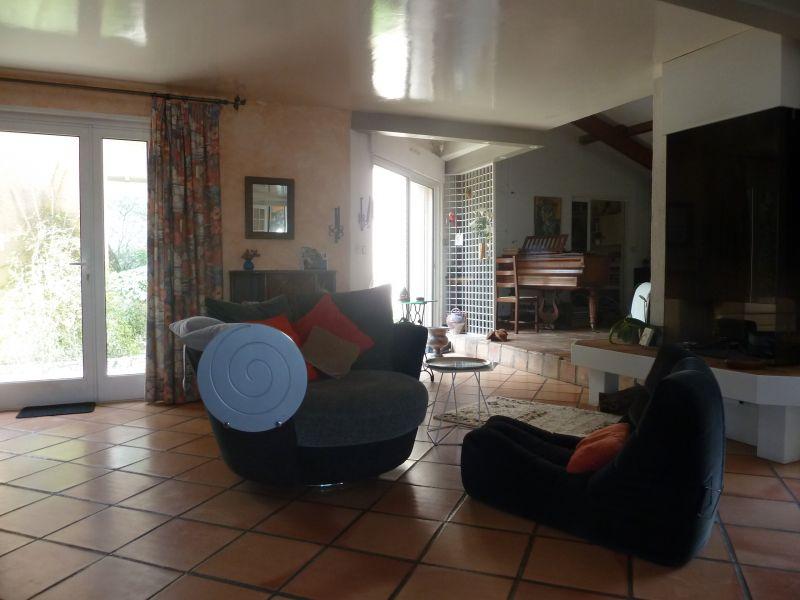 Sitting room Location Villa 112551 Nîmes