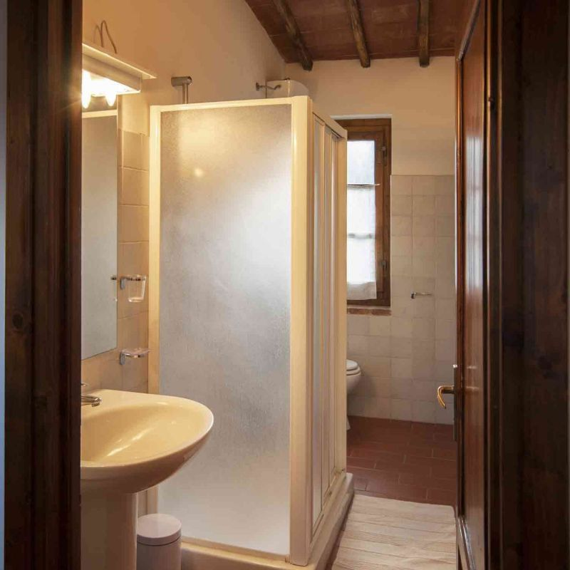 bathroom 1 Location House 117228 Arezzo