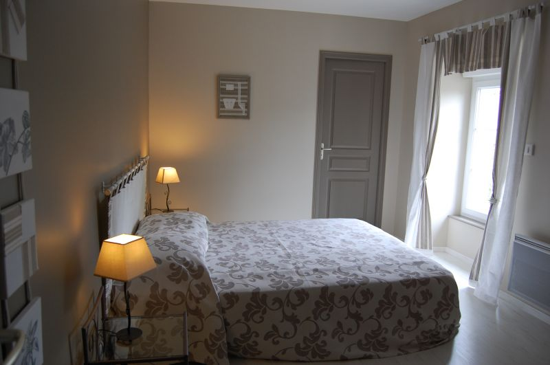 bedroom 1 Location Self-catering property 66490 Vire