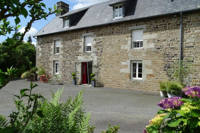 Outside view Location Self-catering property 66490 Vire