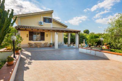 Location Villa 94840 Noto