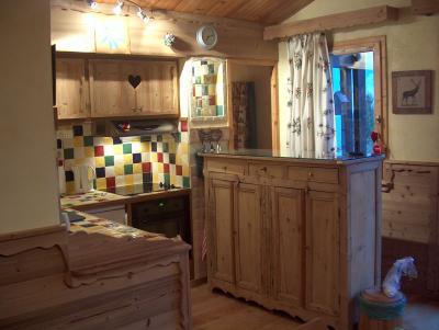 Open-plan kitchen Location Apartment 68771 Courchevel