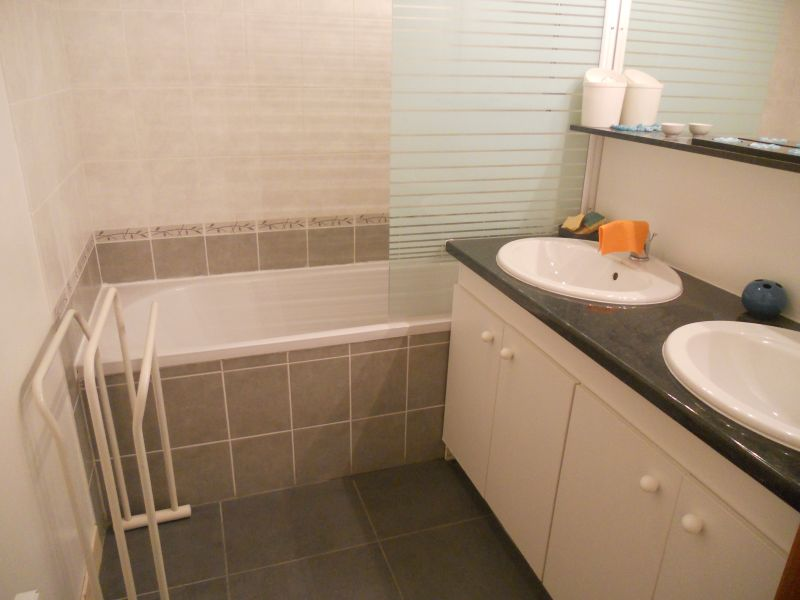 bathroom Location Apartment 72684 Vaujany