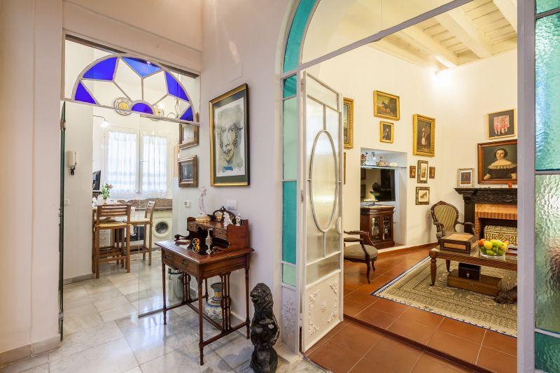 Dining room Location Apartment 106199 Seville