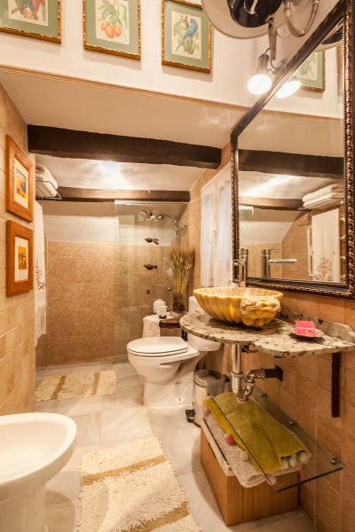 bathroom Location Apartment 106199 Seville