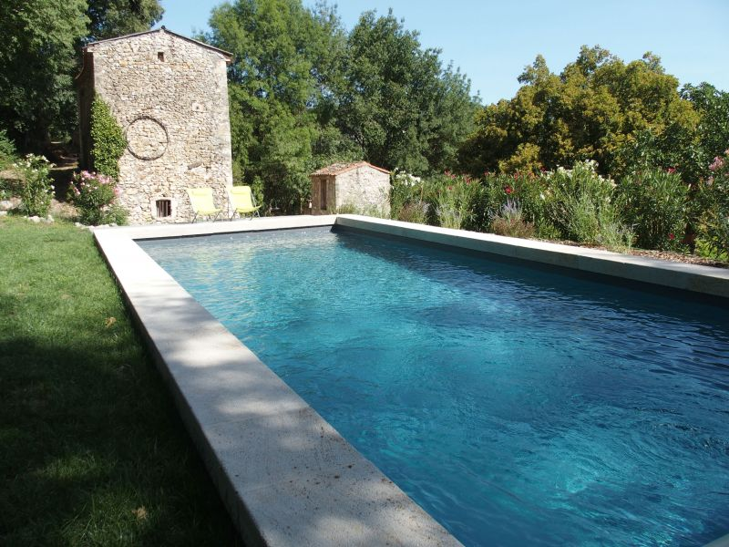 Swimming pool Location Self-catering property 108587 Uzès