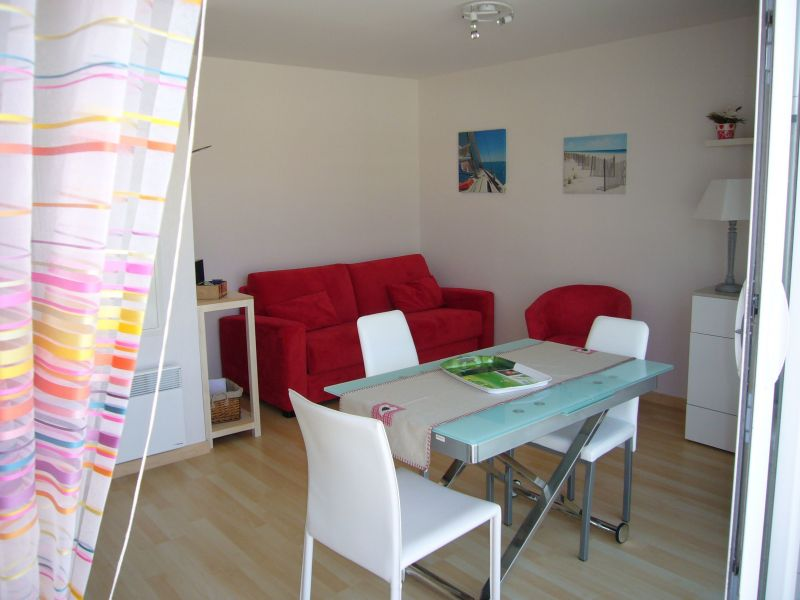 Living room Location Studio apartment 117728 Fort Mahon