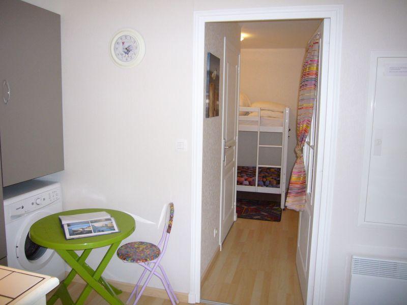 Hall Location Studio apartment 117728 Fort Mahon