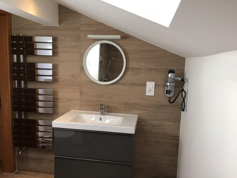 bathroom 2 Location Apartment 4697 Les Crosets