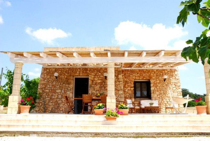 Outside view Location Villa 105714 Pescoluse