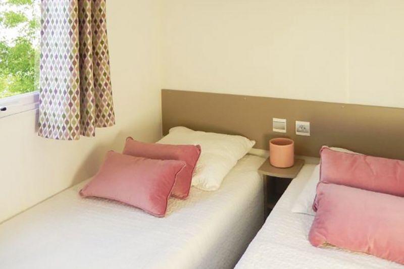 bedroom 2 Location Mobile home 114101 Saint-Julien-en-Born