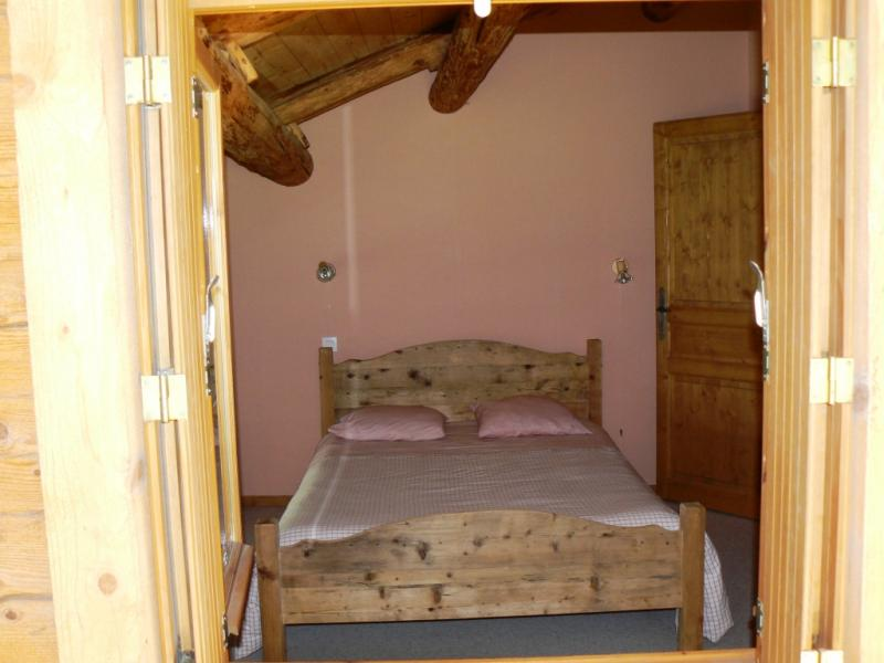 bedroom 2 Location Chalet 66538 Le Grand Bornand