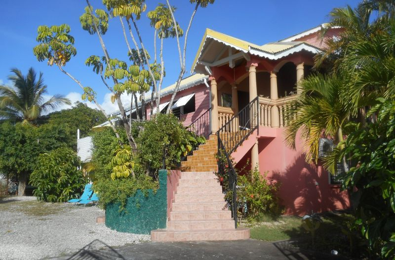 Hall Location Self-catering property 71841 Sainte Anne (Guadeloupe)