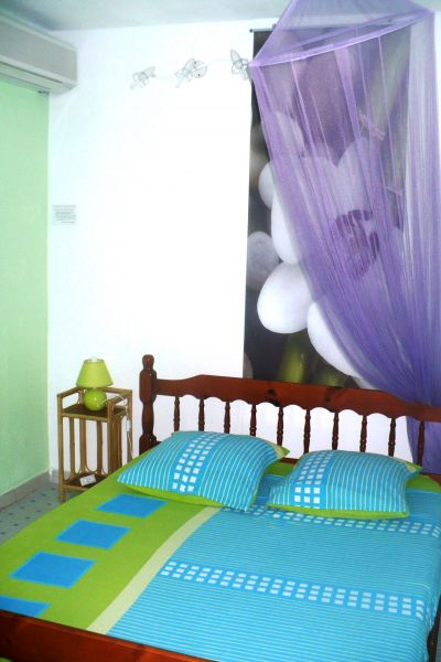 bedroom 2 Location Self-catering property 71841 Sainte Anne (Guadeloupe)