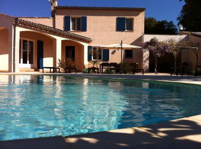 Outside view Location Villa 77999 Allemagne en Provence