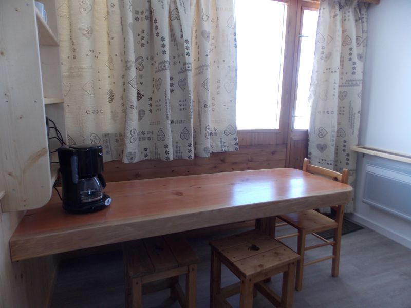 Dining room Location Studio apartment 79769 La Plagne
