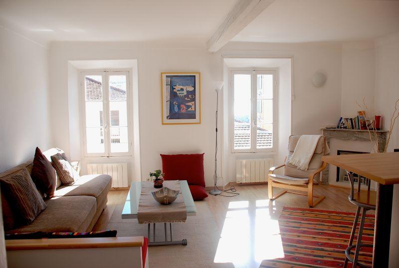 Living room Location Apartment 81032 Nice
