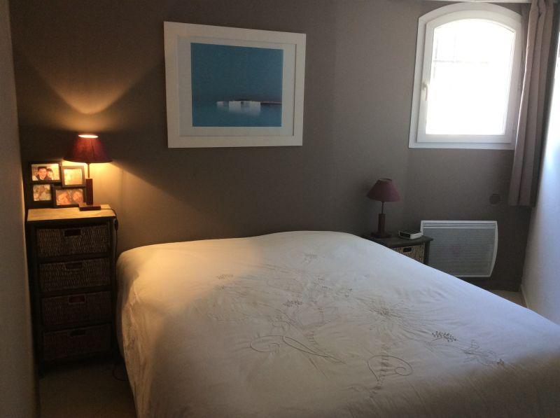 bedroom 1 Location Apartment 88233 La Ciotat