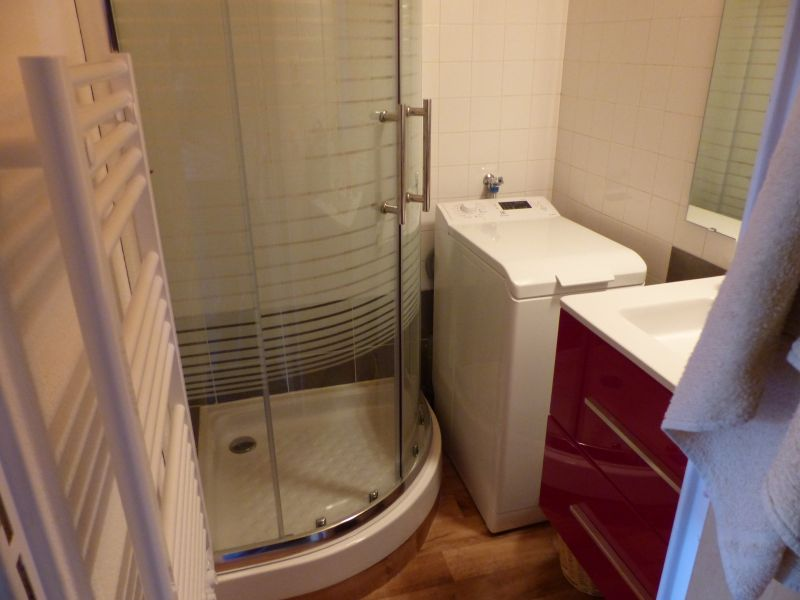 Washing facilities Location Apartment 90529 Risoul 1850