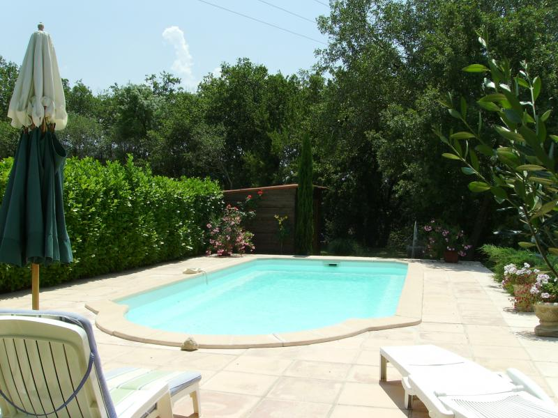 Swimming pool Location Self-catering property 91437 Apt