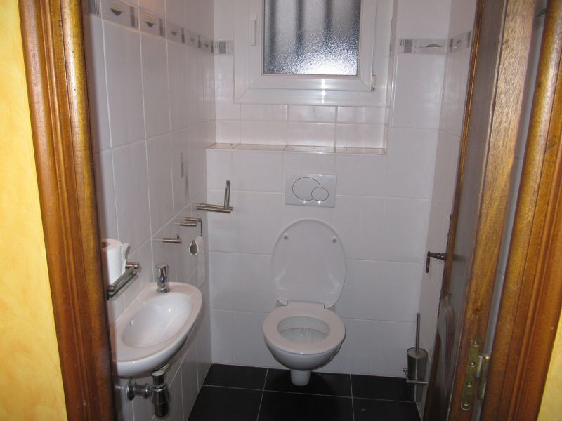 Sep. WC Location House 100952 Anduze