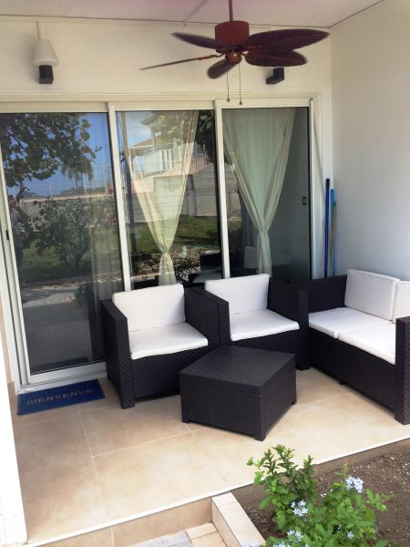 Hall Location Apartment 108399 Marigot