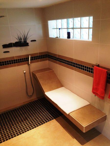 bathroom Location Apartment 108399 Marigot