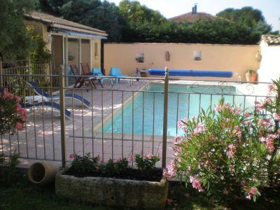 Swimming pool Location Self-catering property 113447 Sainte-Cécile-les-Vignes