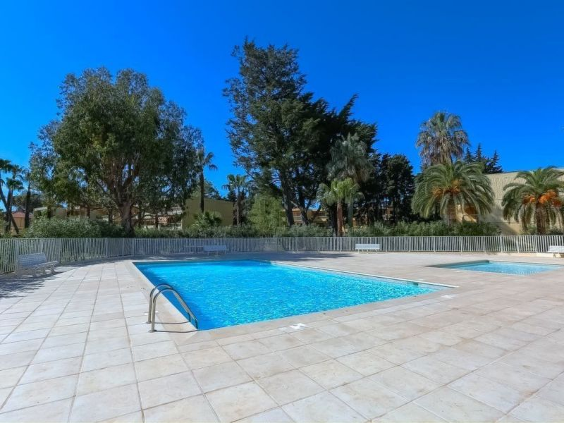 Swimming pool Location Apartment 114308 Antibes
