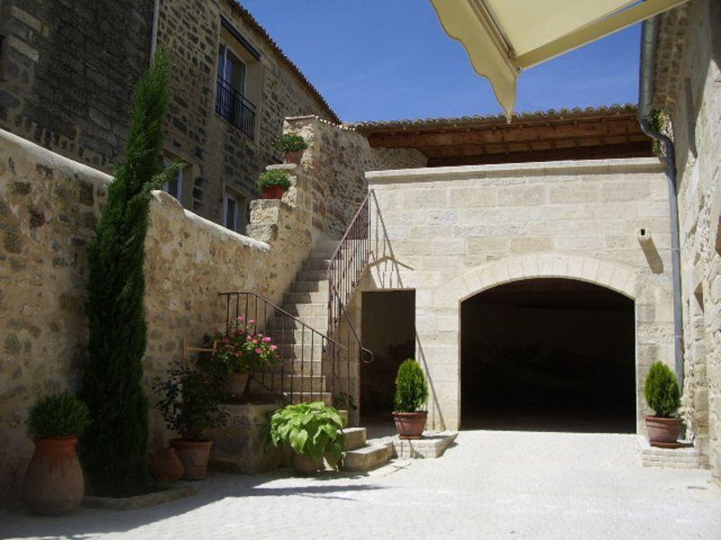 Outside view Location House 114445 Uzès