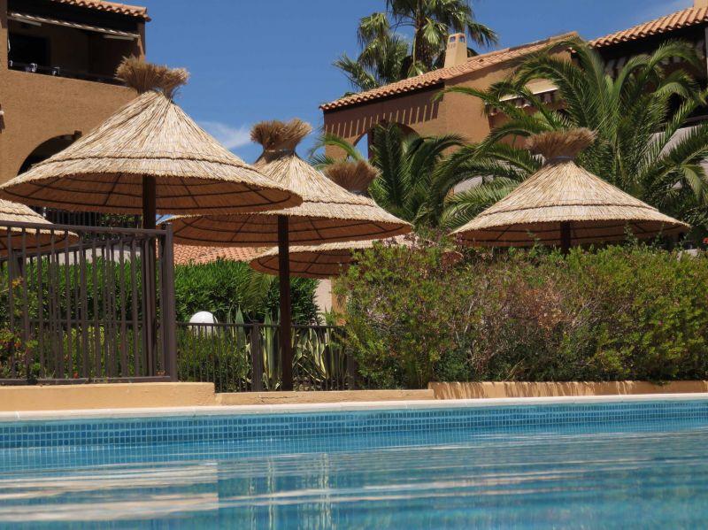 Swimming pool Location Apartment 115096 Hyères
