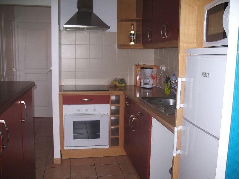 Open-plan kitchen Location Apartment 66397 Sainte Anne (Guadeloupe)