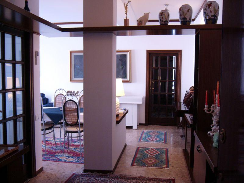 Hall Location Apartment 71921 La Spezia