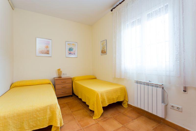 bedroom 6 Location Villa 72356 Sitges
