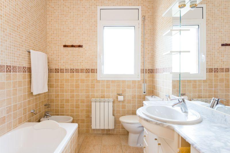 bathroom 2 Location Villa 72356 Sitges