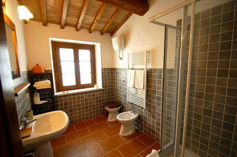 bathroom 1 Location Villa 77711 Amelia