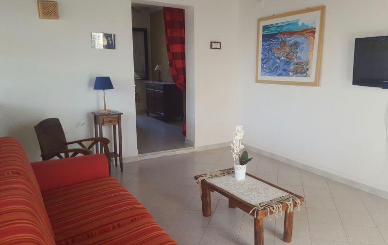 Living room Location Apartment 78356 Tre Fontane