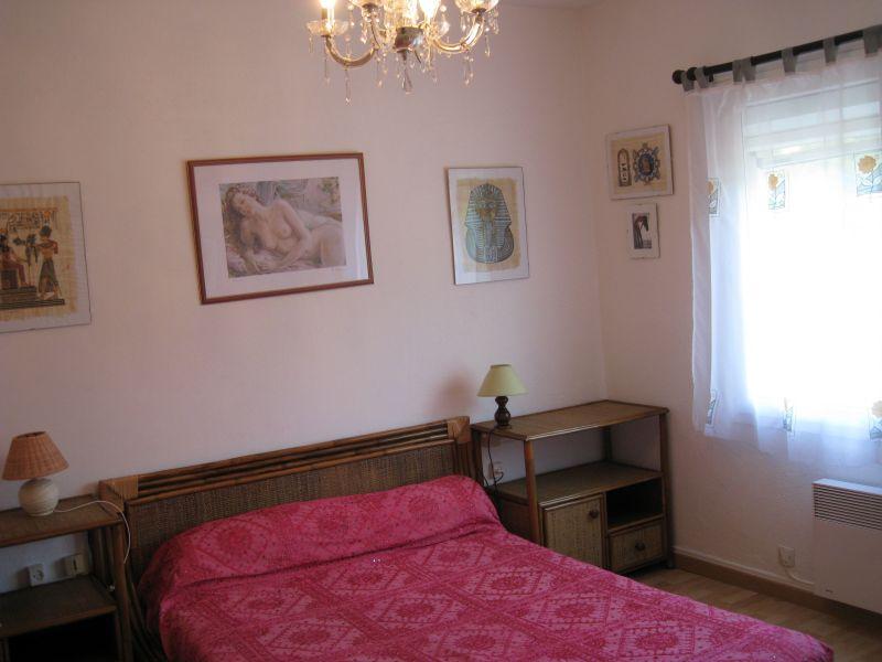 bedroom 1 Location Villa 78620 Saint Tropez