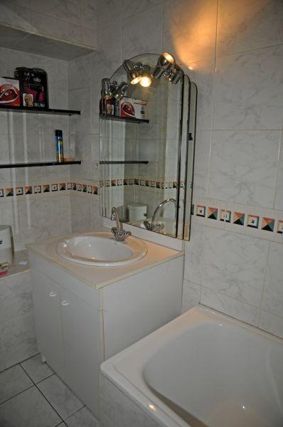 bathroom Location Apartment 78927 Vannes