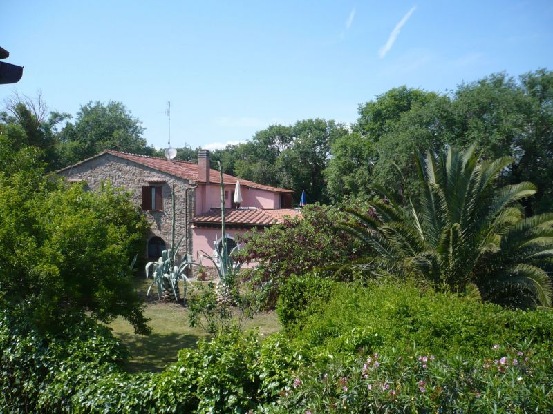Outside view Location Self-catering property 80832 Gavorrano