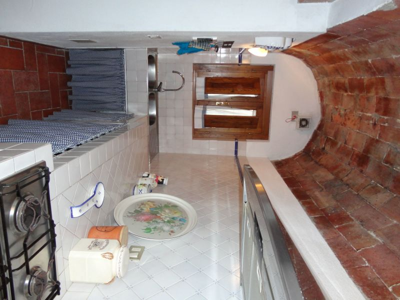 Open-plan kitchen Location Self-catering property 80832 Gavorrano
