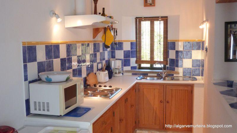 Open-plan kitchen Location Self-catering property 90561 Tavira