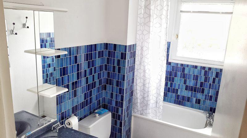 bathroom Location Studio apartment 97080 Wimereux