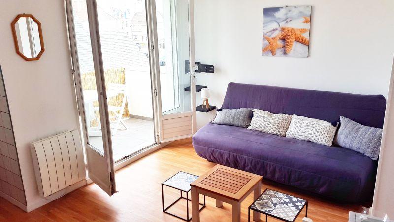 Living room Location Studio apartment 97080 Wimereux