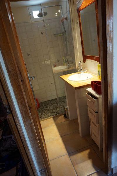 bathroom 1 Location Villa 97736 Benidorm