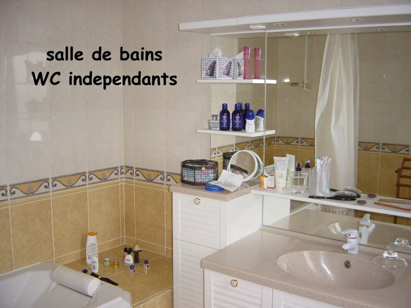 bathroom Location Apartment 101851 Le Tréport